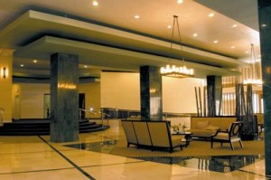 Lobby de departamento en alquiler Miami Beach Collins